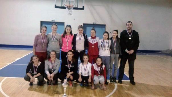 Juniorke Trebinja 03 prvakinje Srpske