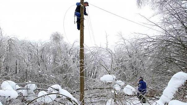 dalekovod-snijeg-1