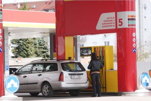 Pojeftinjuje gorivo na bh. pumpama