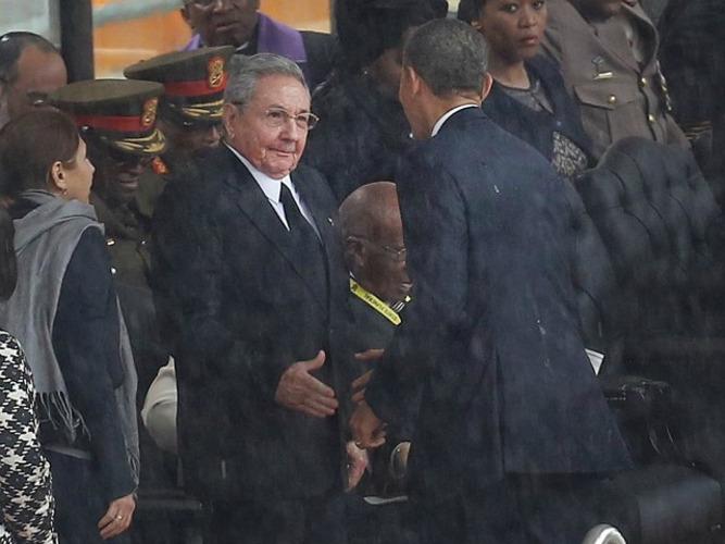 Obama i Kastro zajedno u Panami