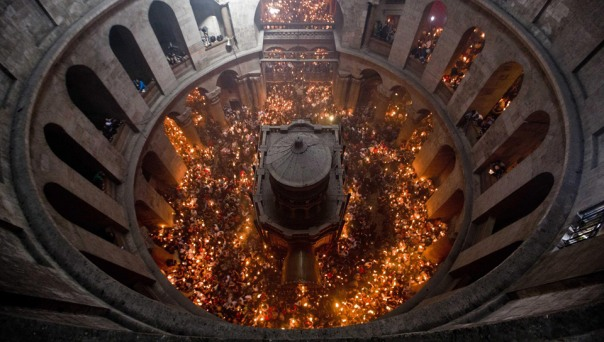 Potvrđeno: Blagodatni oganj na Vaskrs u Trebinju