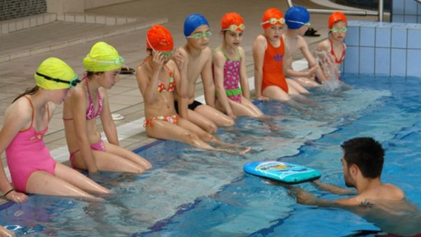 djeca bazen plivanje