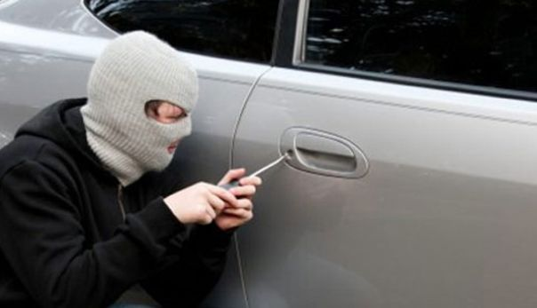 kradja-auta-001