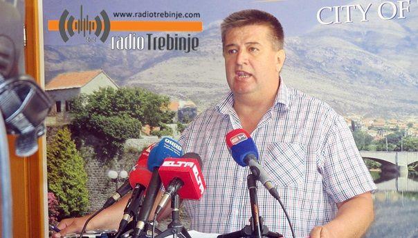Vučurević vlastima RS: Ne pristajemo da građani plaćaju vaše rasipništvo