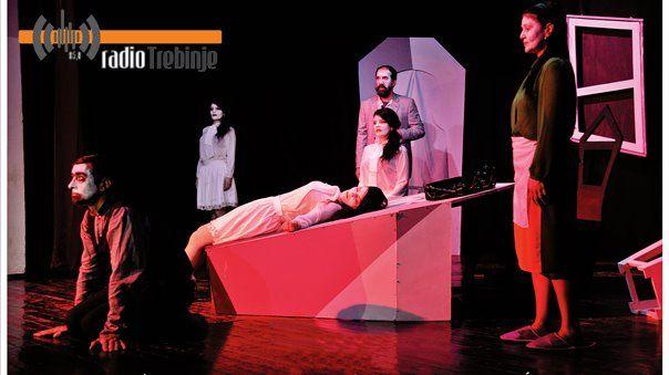 Вечерас игра: Бјелопољско позориште