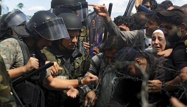 Грчка полиција шок-бомбама на избјеглице