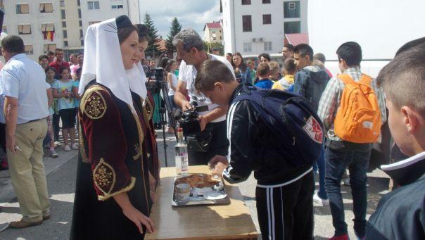 У Гацко допутовала дјеца са Косова