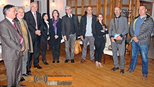 Plavom stazom – do integracije turističkih potencijala jadranskog zaleđa