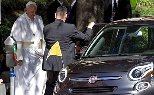 Papa-ulazi-u-fijat