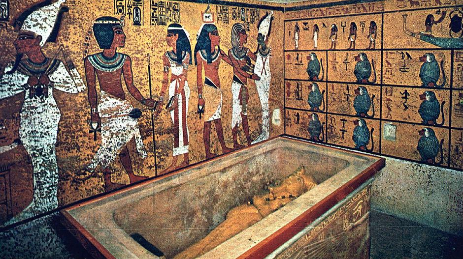 4211817_tutankamon-f2jpg