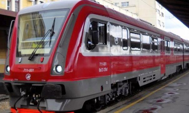 """""""Тешка грешка"""": Воз у Јапану каснио 25 секунди"""