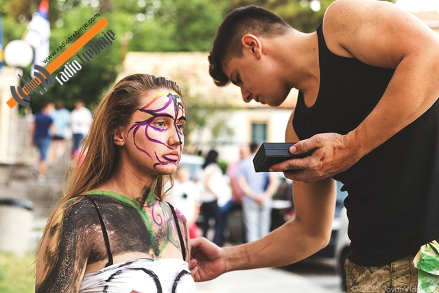 Performansi kao festivalske skretnice (FOTO)