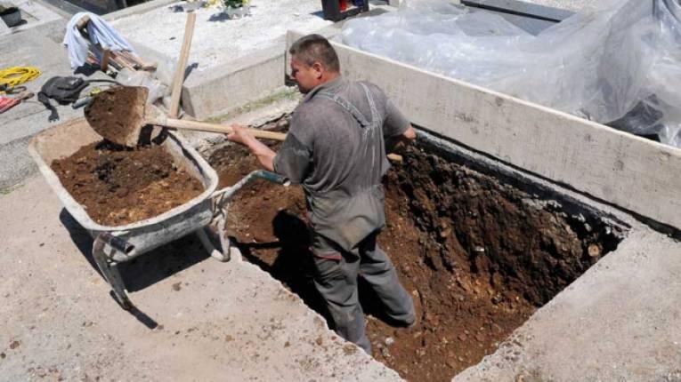 Спасавају гробље од потапања за изградњу ХЕ Дабар