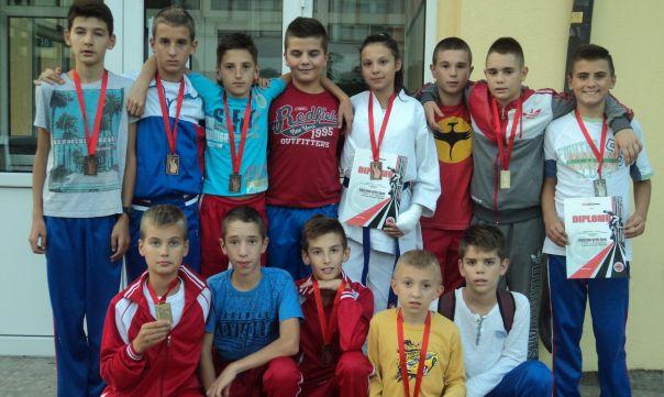 Девет медаља за Kлуб борилачких спортова