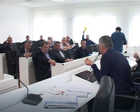 Скупштинска већина затражила опозив начелника Алексића