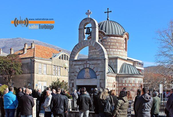 Дјеца погинулих бораца обнављају спомен цркву у бившој касарни