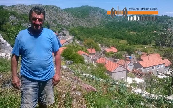 Risto Čičković: Ko je plovio, bar se tri puta pokajao - MORE PLAVO, BIJELO I KRVAVO