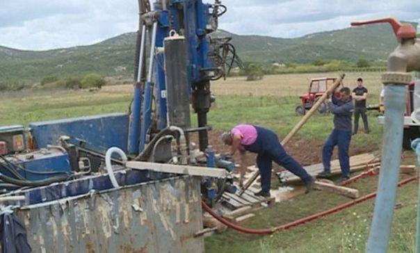 Сушни дио Љубомирског поља добија воду (ВИДЕО)