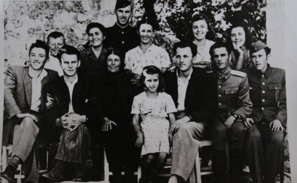 У вријеме када се рађало много дјеце: 150 потомака Аћима и Маре Ратковић