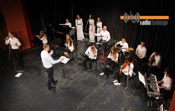 Оркестар ученика требињске Гимназије одушевио публику