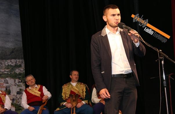 Представљена поема Предрага Јаничића: СПОМЕН НА СТРАДАЊЕ ХЕРЦЕГОВИНЕ У 480 СТИХОВА