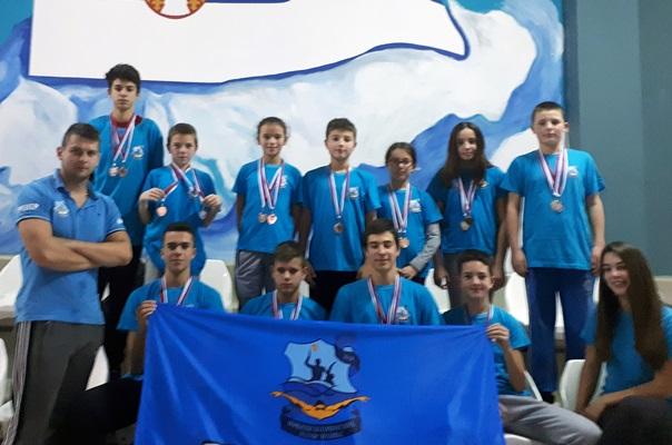 """Пливачи ПВК """"Леотар"""" освојили 34 медаље"""