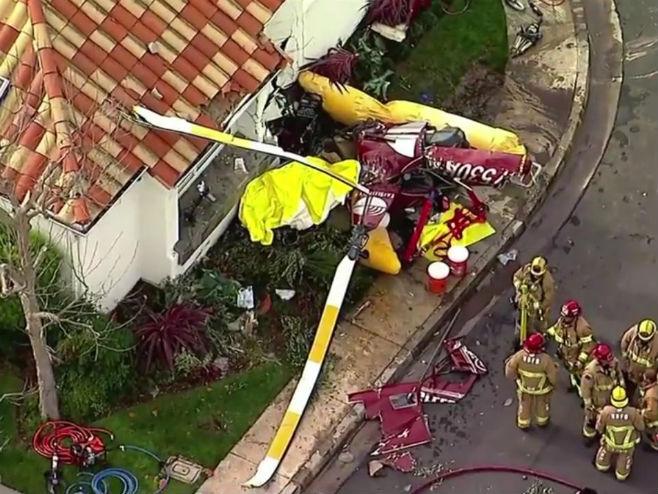 САД: Хеликоптер се забио у кућу, троје мртвих