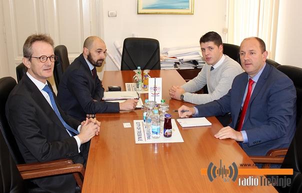 Градоначелник Петровић са амбасадором Холандије