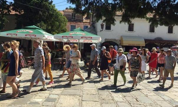 Туризам опет биљежи рекорде: Лани 31% НОЋЕЊА ВИШЕ него годину прије