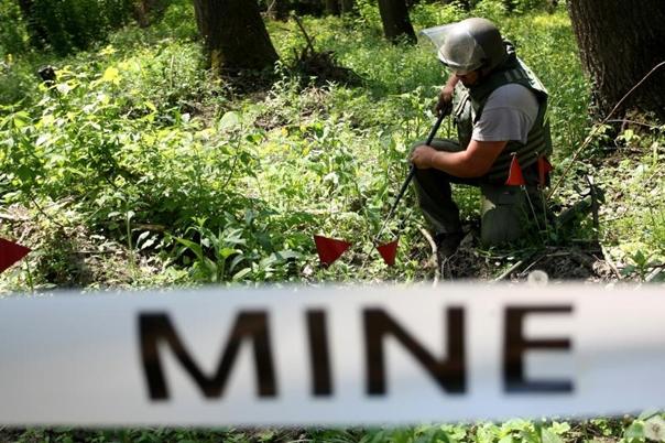 Екологија и безбједност међу основцима: Организују презентацију о опасностима од мина