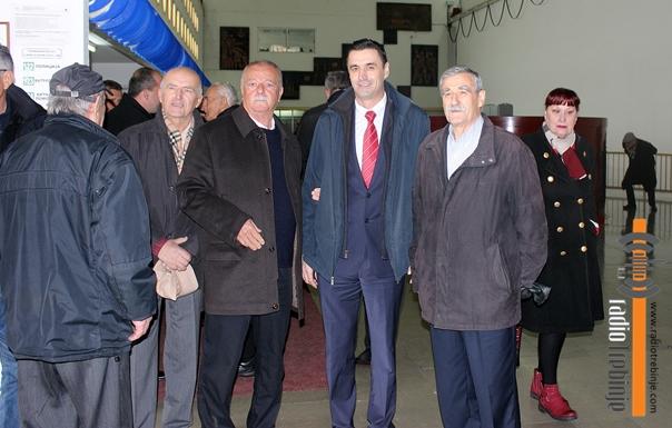 Пензионери ХЕТ-а у посјети брани Гранчарево