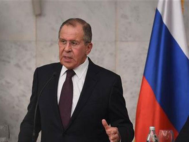 Лавров: Контакти са Паризом ће разјаснити сарадњу у Сирији