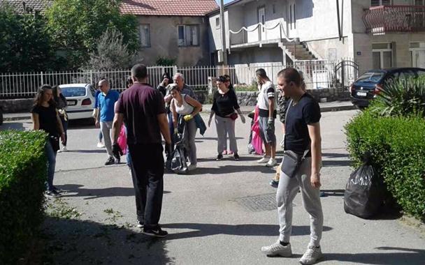Социјалисти учествовали у чишћењу града