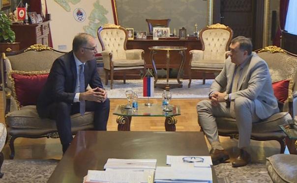 Додик и Стоилковић о положају Срба у Македонији