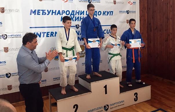 Džudisti Leotara na dva turnira osvojili pet medalja