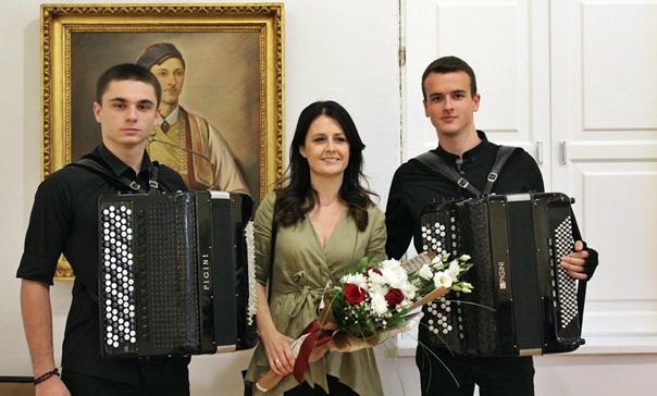 Јелачић и Вишњић одржали концерт за памћење