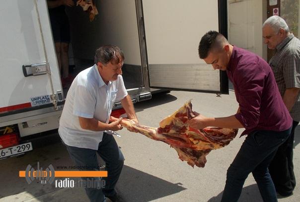 Црвени полумјесец Турске донирао месо за народне кухиње у РС