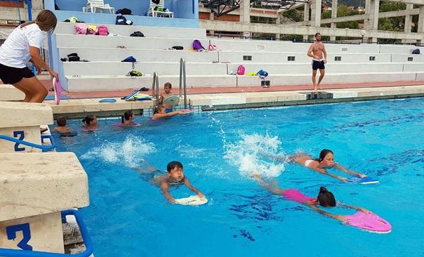 Школа спорта: До нове сезоне тренинзи пливања