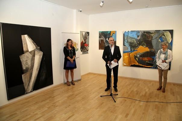 """Отворена изложба слика бугарских аутора насталих на """"Арт симпозијуму Јахорина"""""""