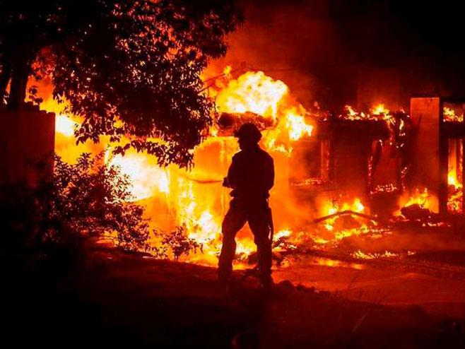 Broj mrtvih u Kaliforniji popeo se na 42, još 200 se vodi kao nestalo