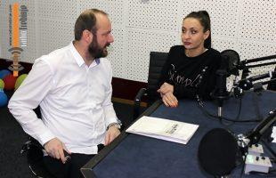 У СРЕТАЊЕ ПРАЗНИКУ са вјероучитељем Славком Лаловићем (АУДИО)
