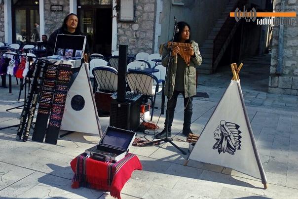 Музичари из Јужне Америке засвирали и на улицама Требиња