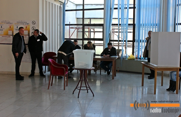 Prijevremeni izbori za gradonačelnika Trebinja: DO 11 ČASOVA GLASALO 18,57 ODSTO BIRAČA