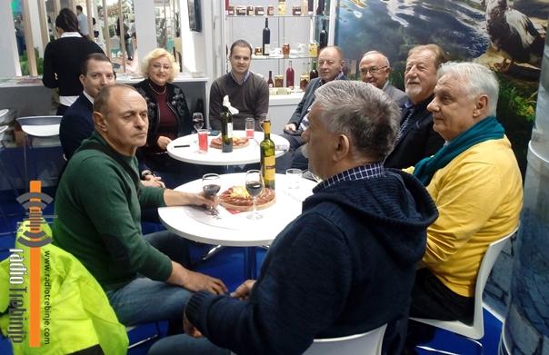 Beogradski Trebinjci na štandu naše turističke organizacije, trebinjska vina opet nagrađena