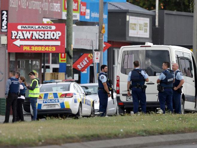 Масакр у џамијама на Новом Зеланду, убијено најмање 40 људи
