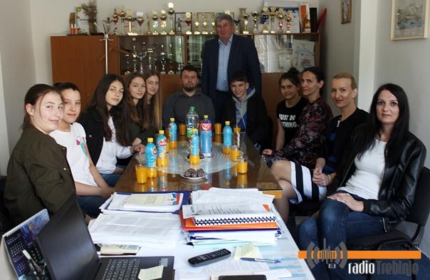"""Основци из школе """"Вук Караџић"""" успјешни на републичким такмичењима"""