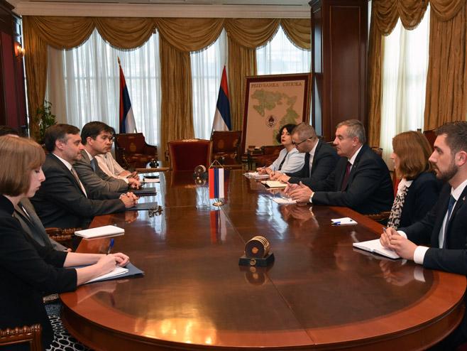 Višković - Palmer: Vlada Srpske otvorena za saradnju sa svima na partnerskim odnosima