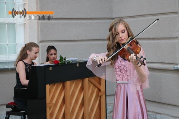 Muzej Hercegovine: Održan solistički koncert Anje Dučić