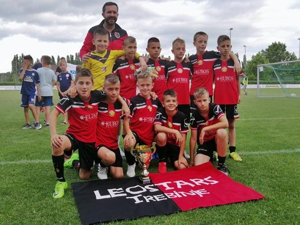 Млади фудбалери Леостарса трећи у Бечу