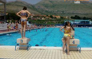Olimpijski bazen primio prve kupače